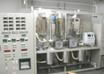 写真:触媒模擬排ガス試験