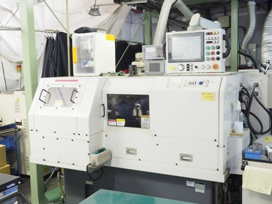 CNC二軸内面研削盤(シチズン製)